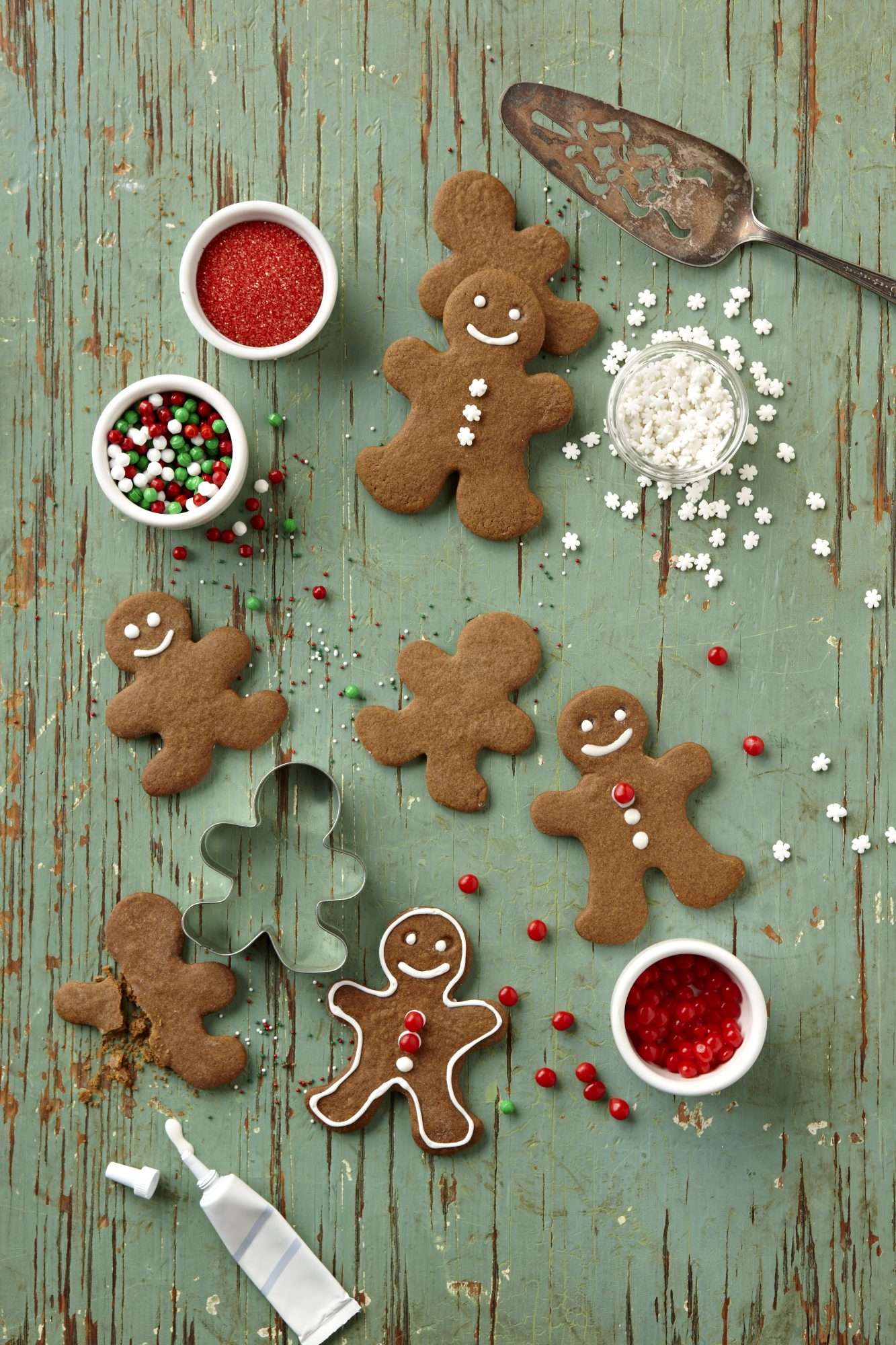 Decorating Gingerbread Men Cookies