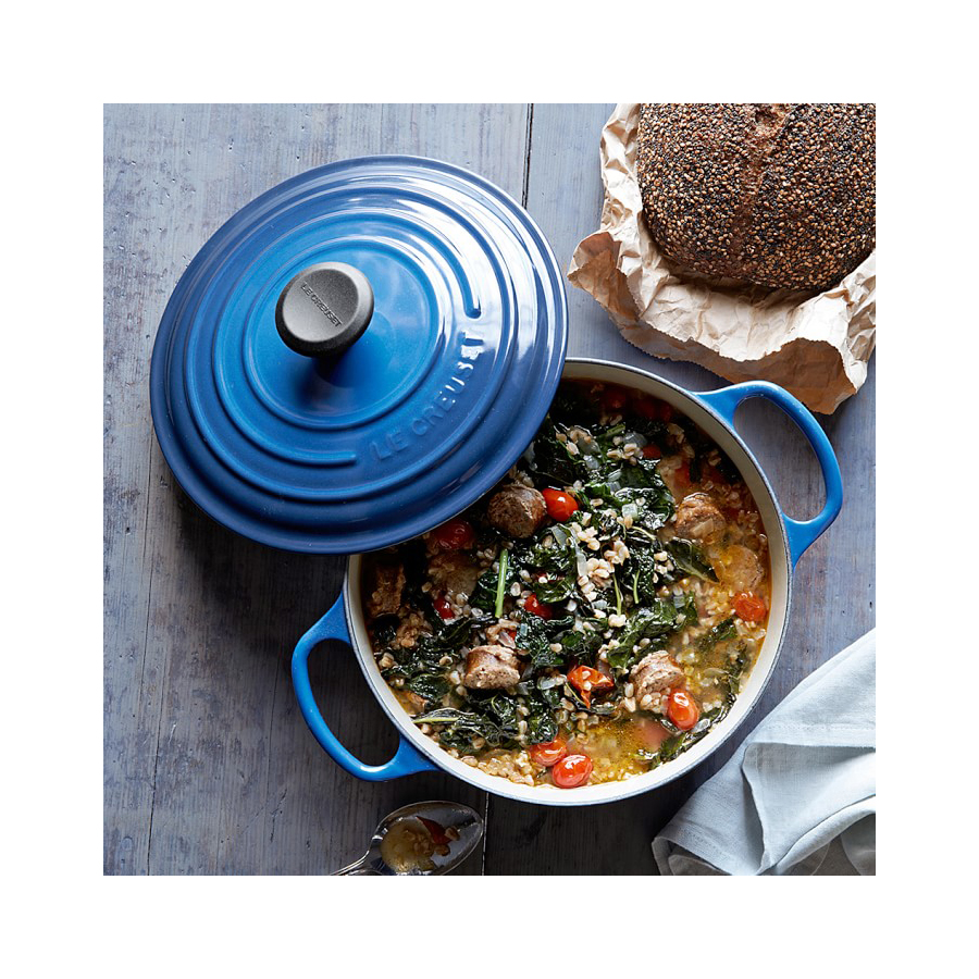 Gift Guide Sisters Le Creuset Dutch Oven