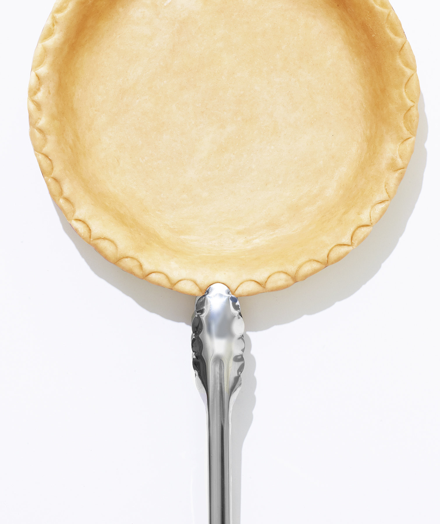 Tongs Pie Crust