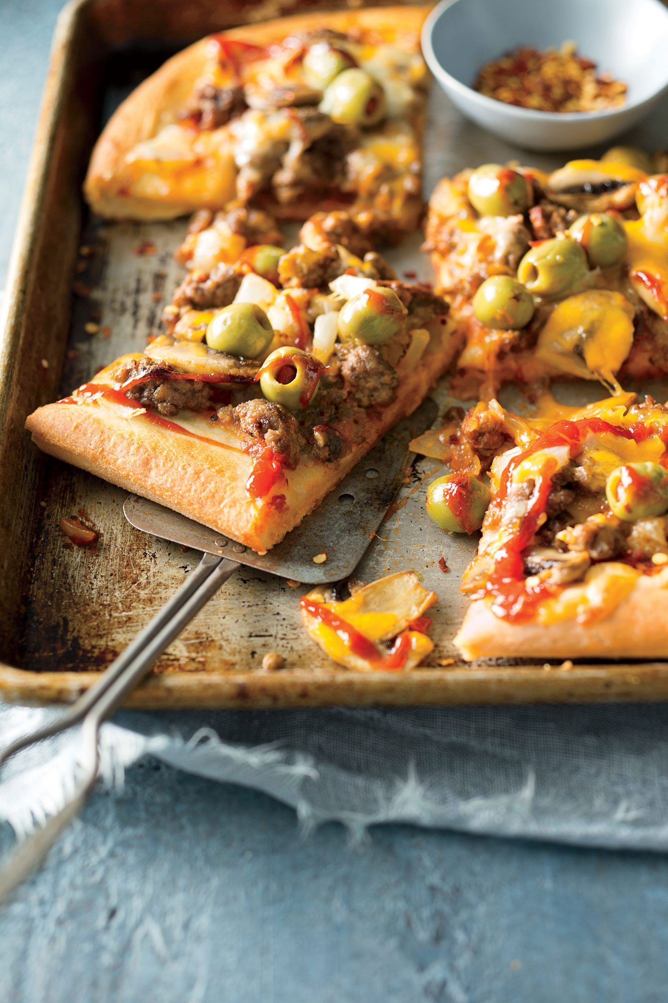 Emily Nabors Hall's Cheeseburger Pizza