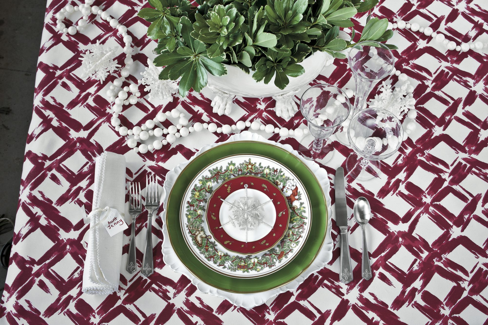 Christmas Table Setting Jolly Jewels