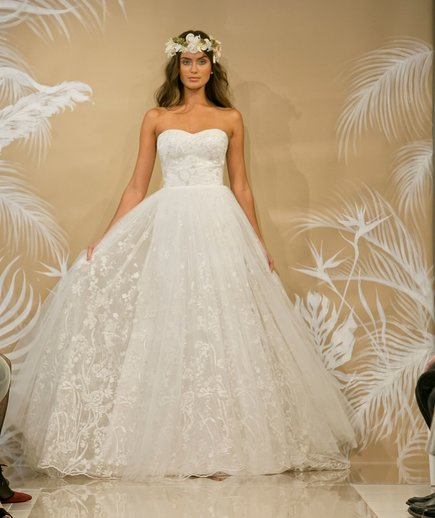 Embroidery Wedding Dress Trend