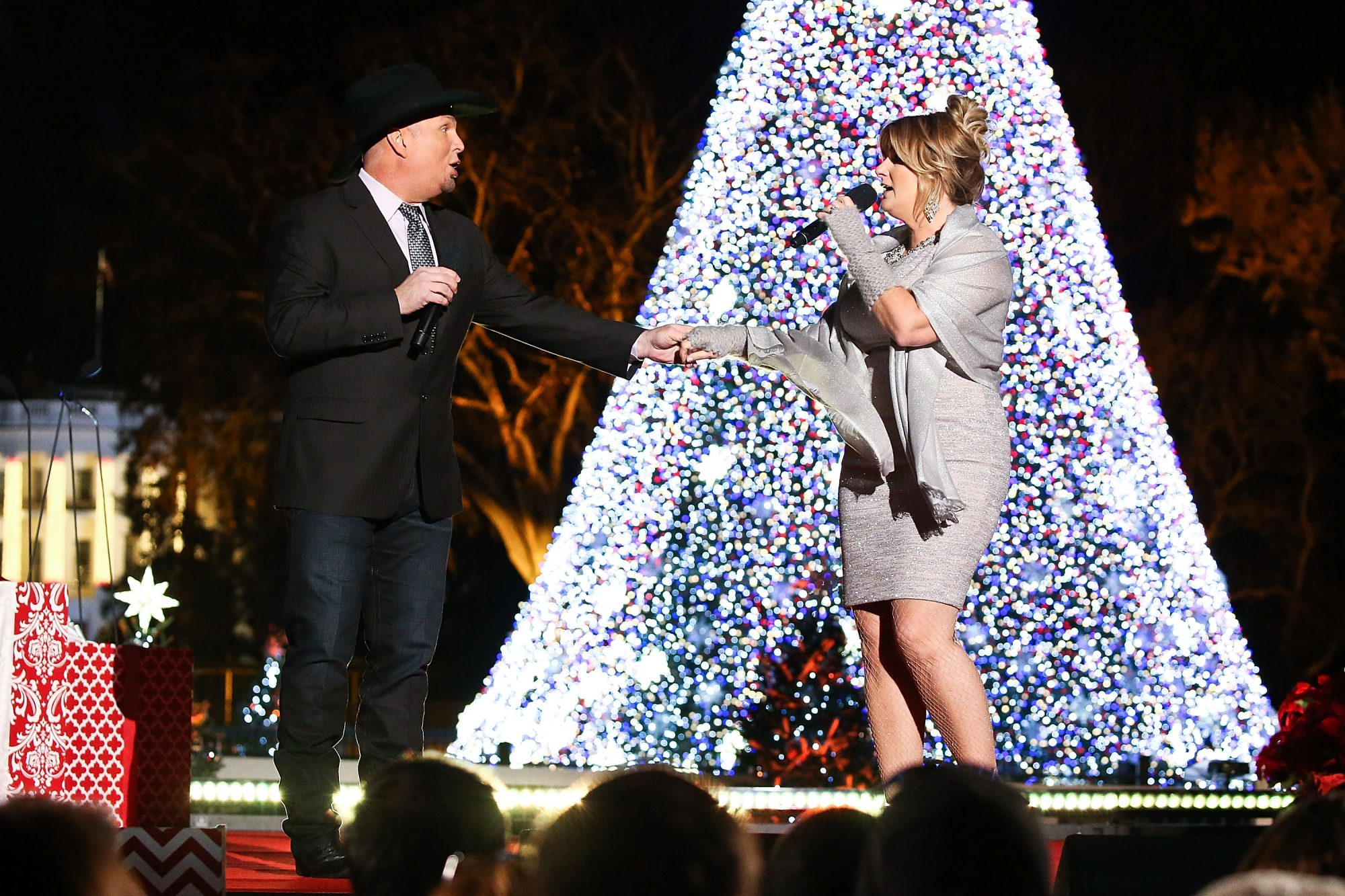 Garth Brooks and Trish Yearwoowd at DC Christmas Tree Lighting Ceremony