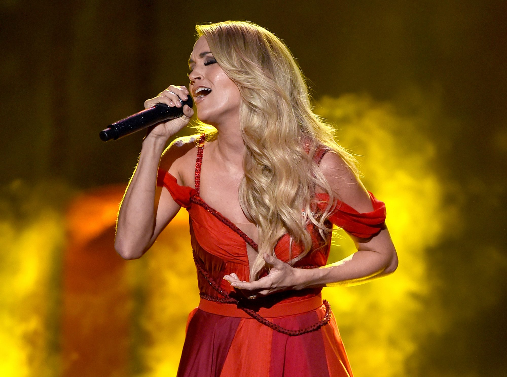 Singer Carrie Underwood performs onstage during the 2015 American Music Awards at Microsoft Theater on November 22, 2015 in Los Angeles, California.