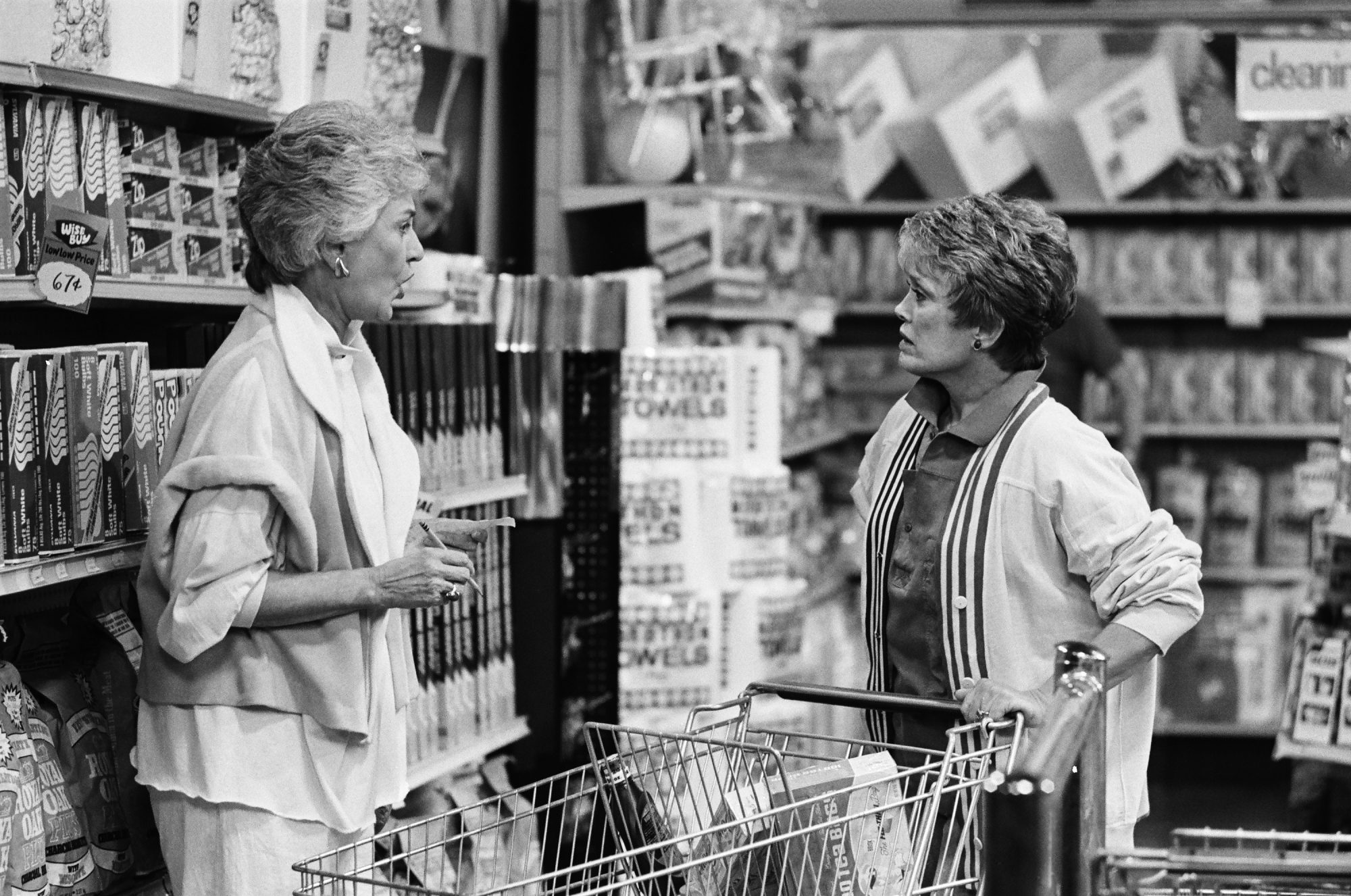 The Golden Girls: Dorothy and Blanche Arguing in Grocery Store