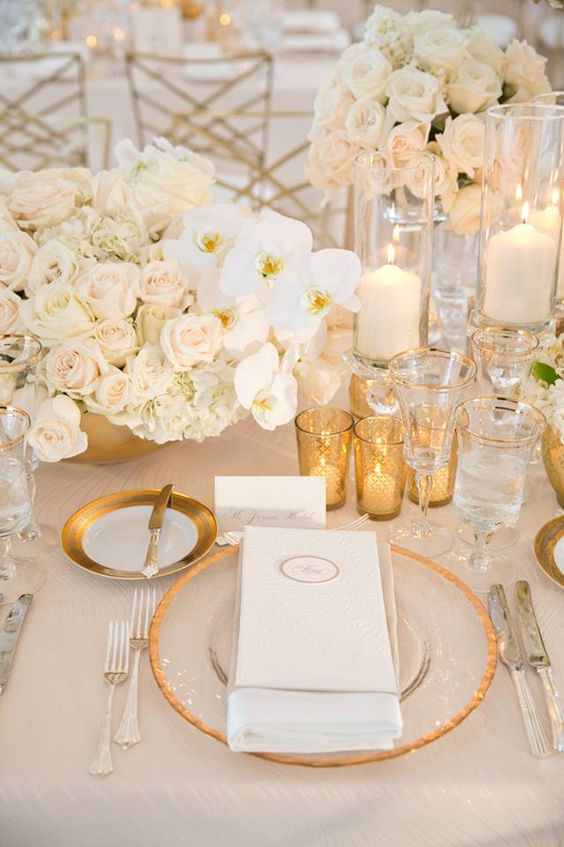 The Top Wedding Trends for 2017 Tone-on-Tone Color Scheme