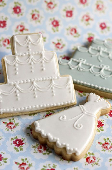 Decorated Sugar Cookie for Weddings