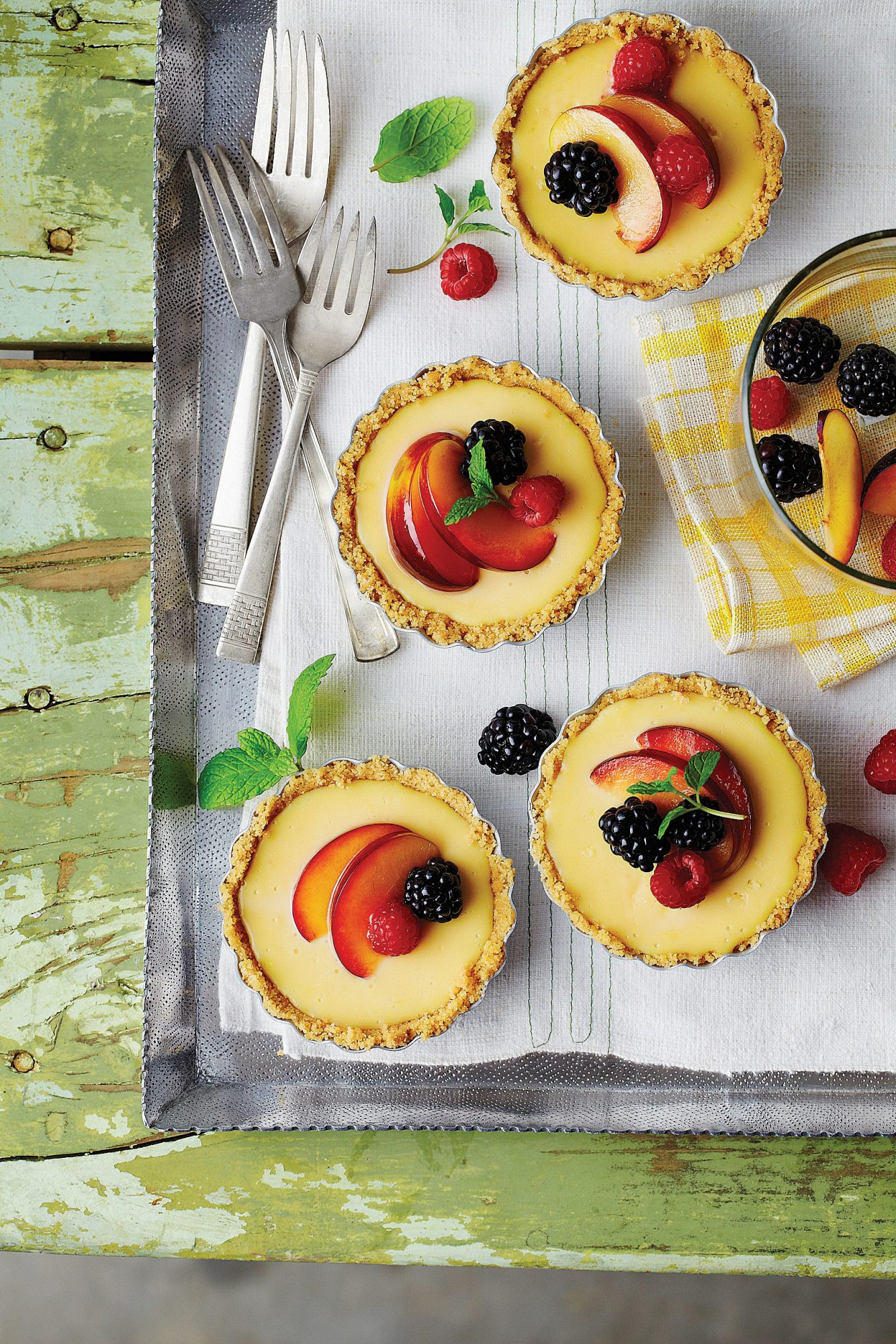 Lemon-Mascarpone Icebox Tarts