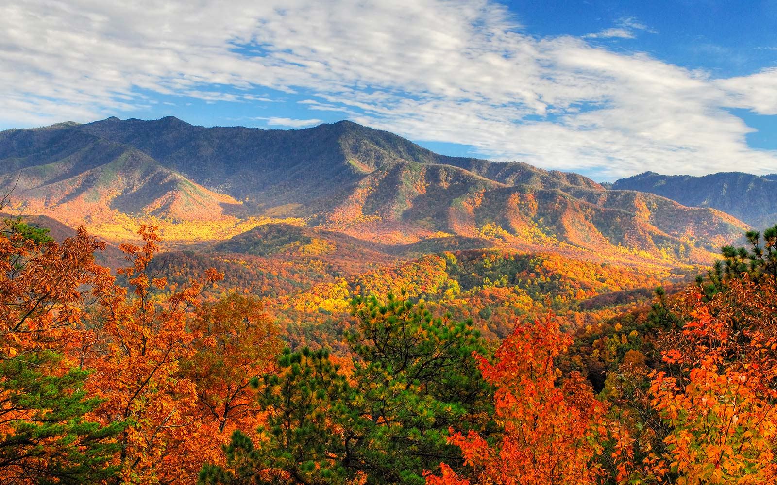 smoky-mountains-national-park-tennessee-NATENQUIRER0317.jpg