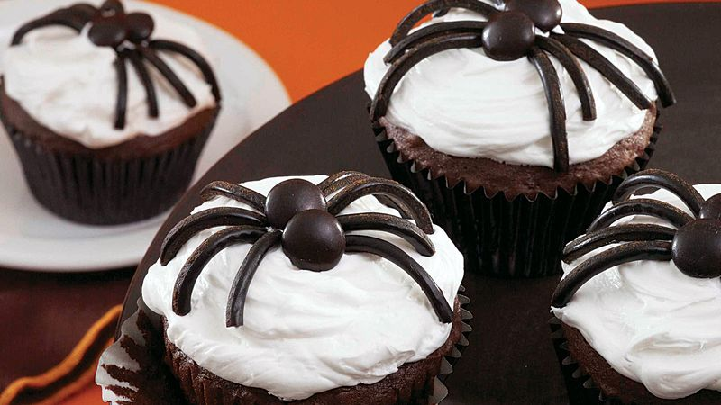 Black and White Spider Cupcakes
