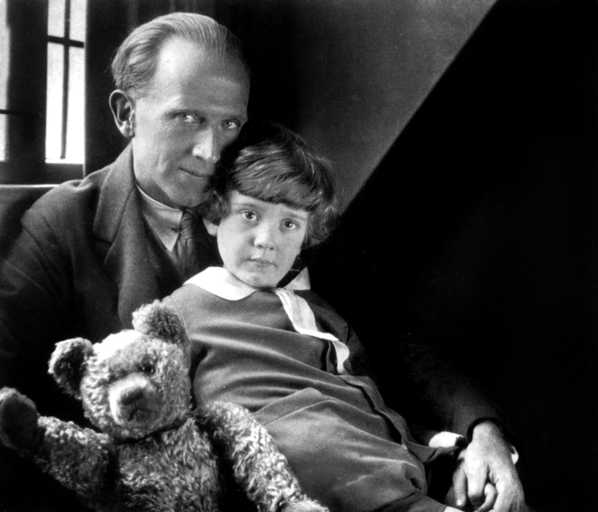 real christopher robin hated winnie the pooh