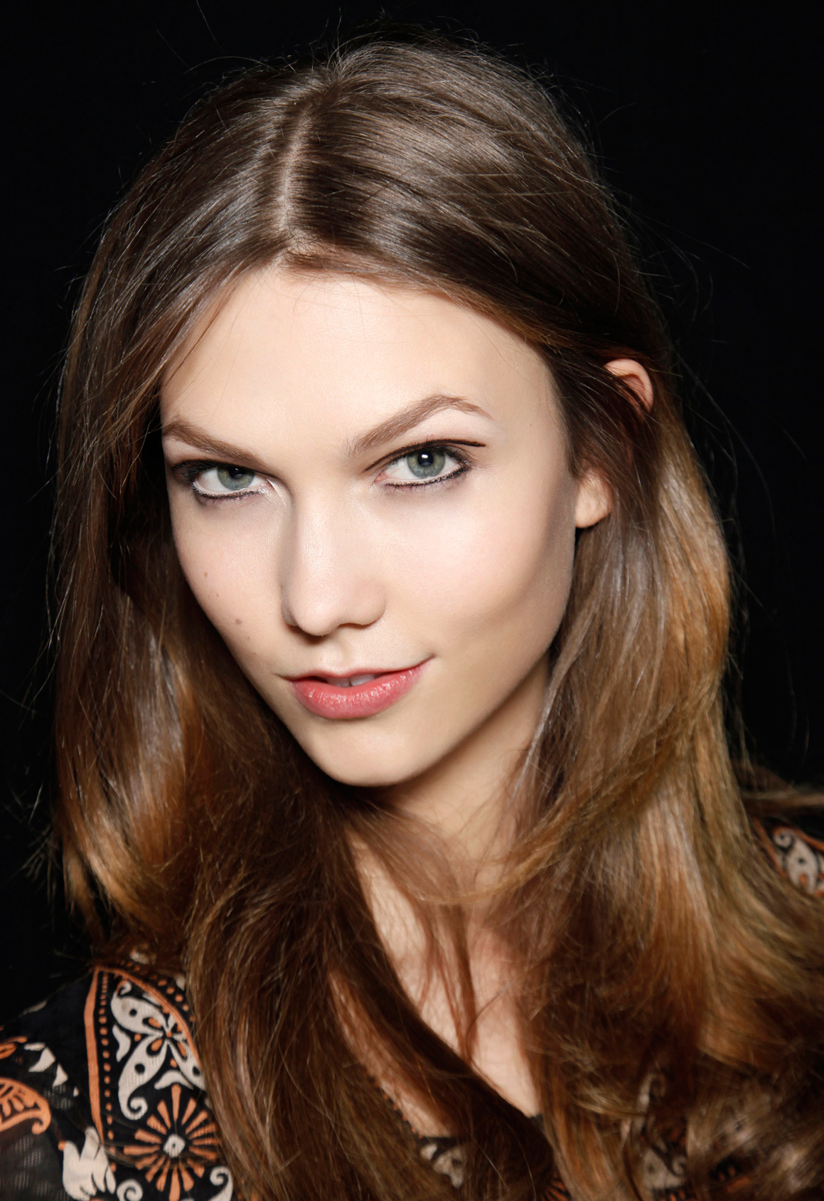 Asked and Answered: Should You Apply Eyeliner or Eye Shadow First?
