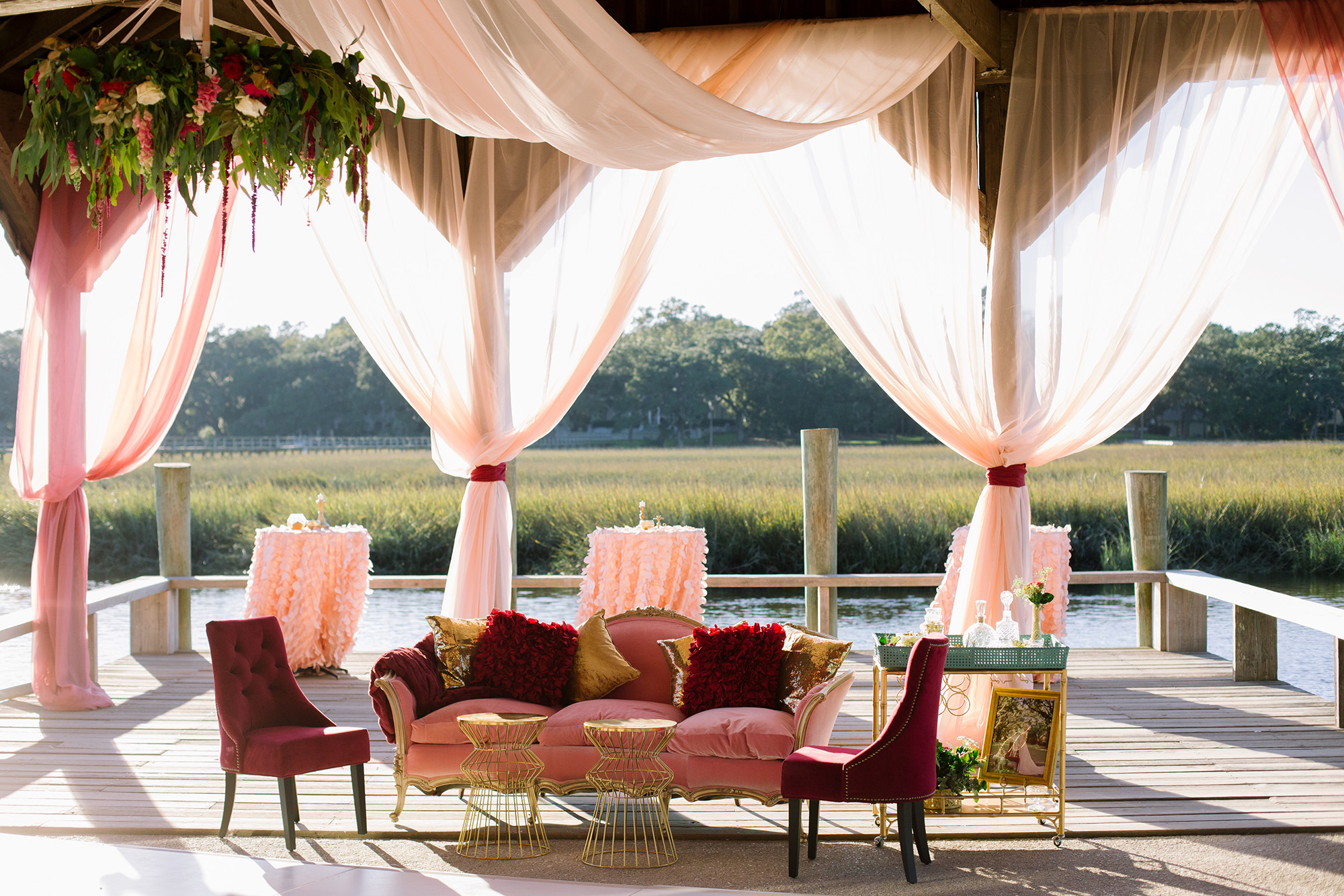 Dreamy Dock Overflowing with Romance