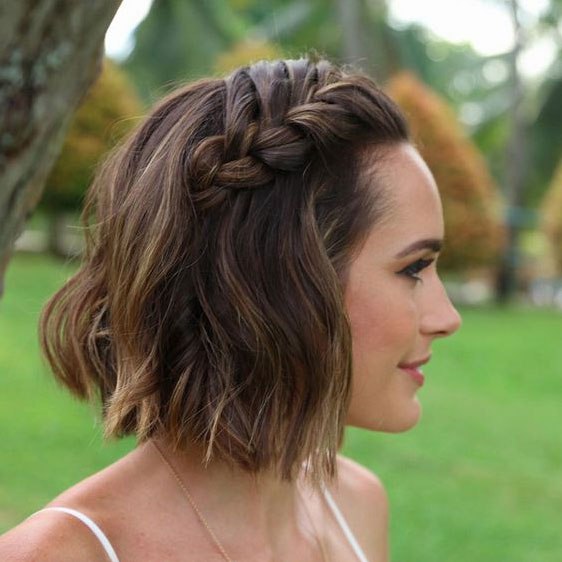 Wavy Blunt Lob with Braid