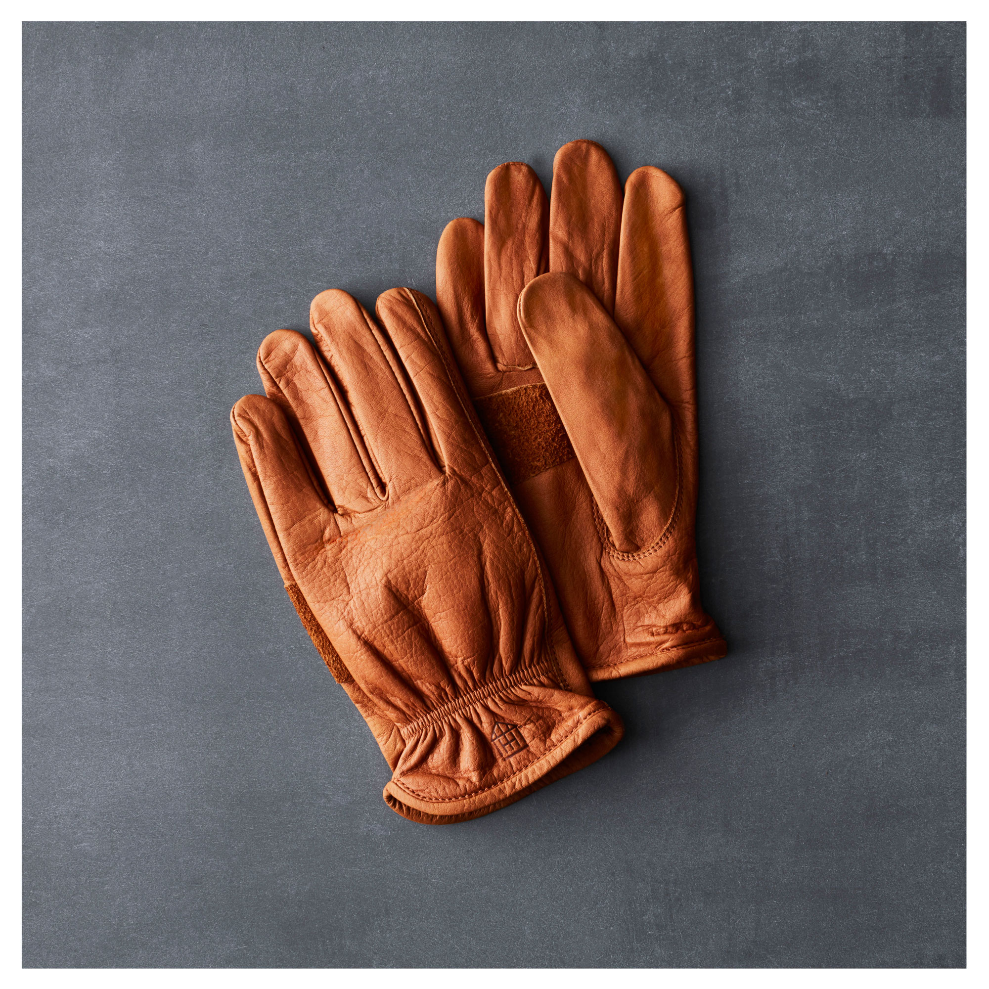 Hearth & Hand with Magnolia Leather Gloves in Cowhide Saddle