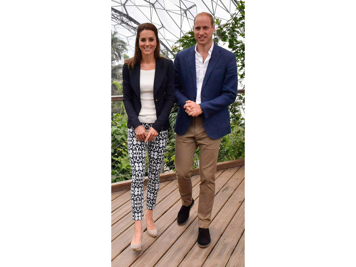 Kate Middleton Wears Printed Gap Ankle Pants and Immediately Makes Us All Want a Pair
