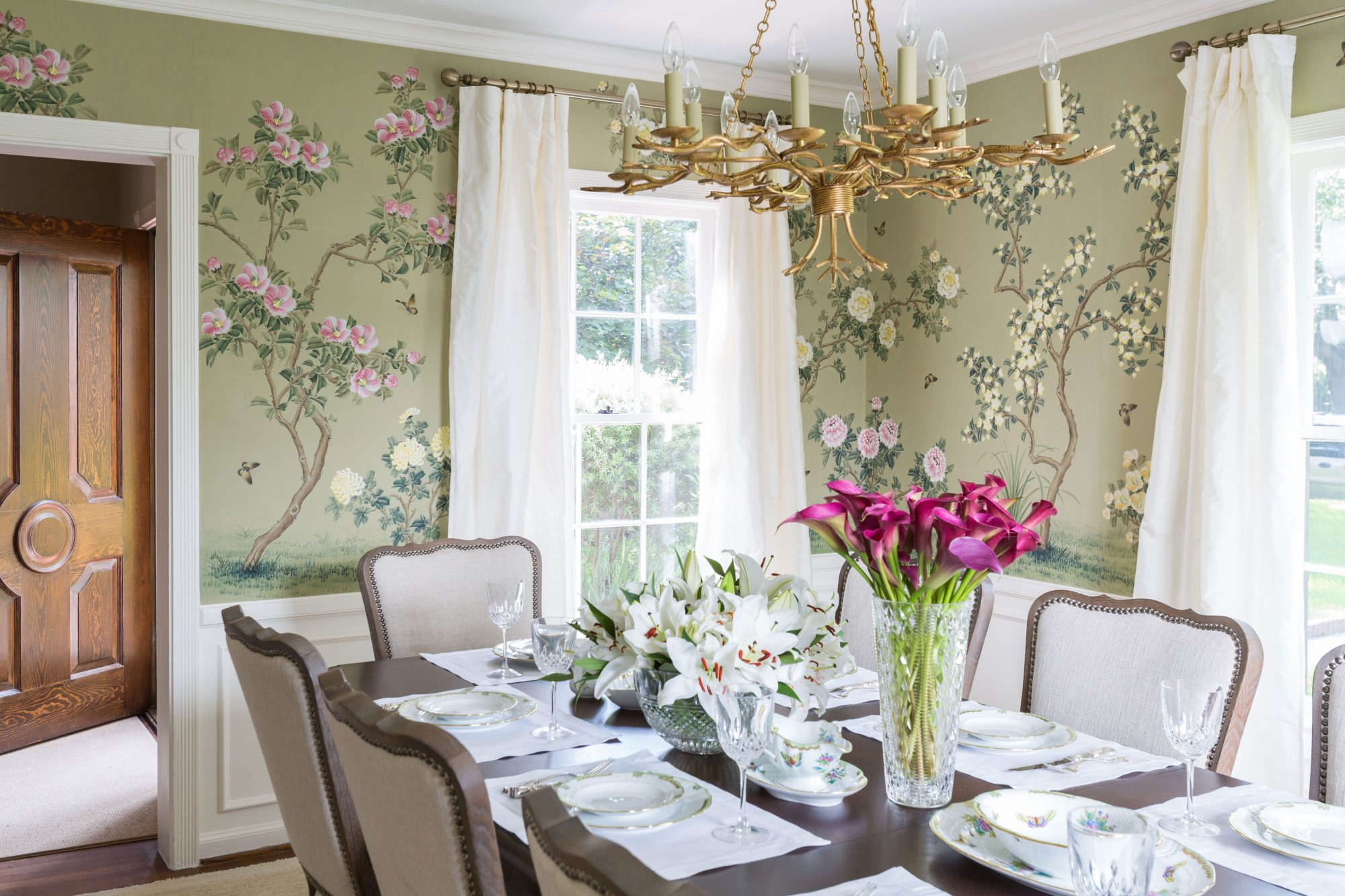 After: Elegant Florals Ready For Company