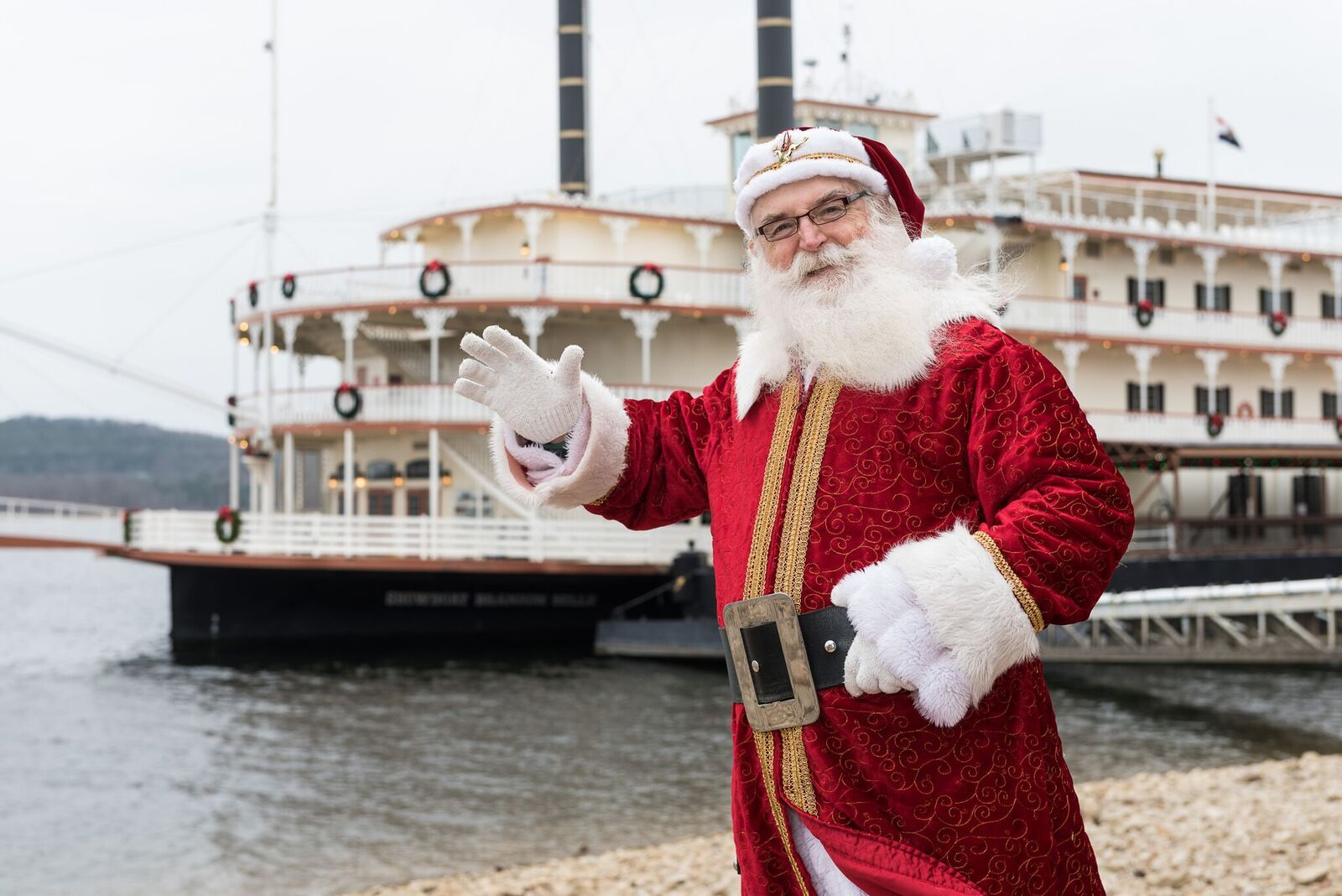 Showboat Santa