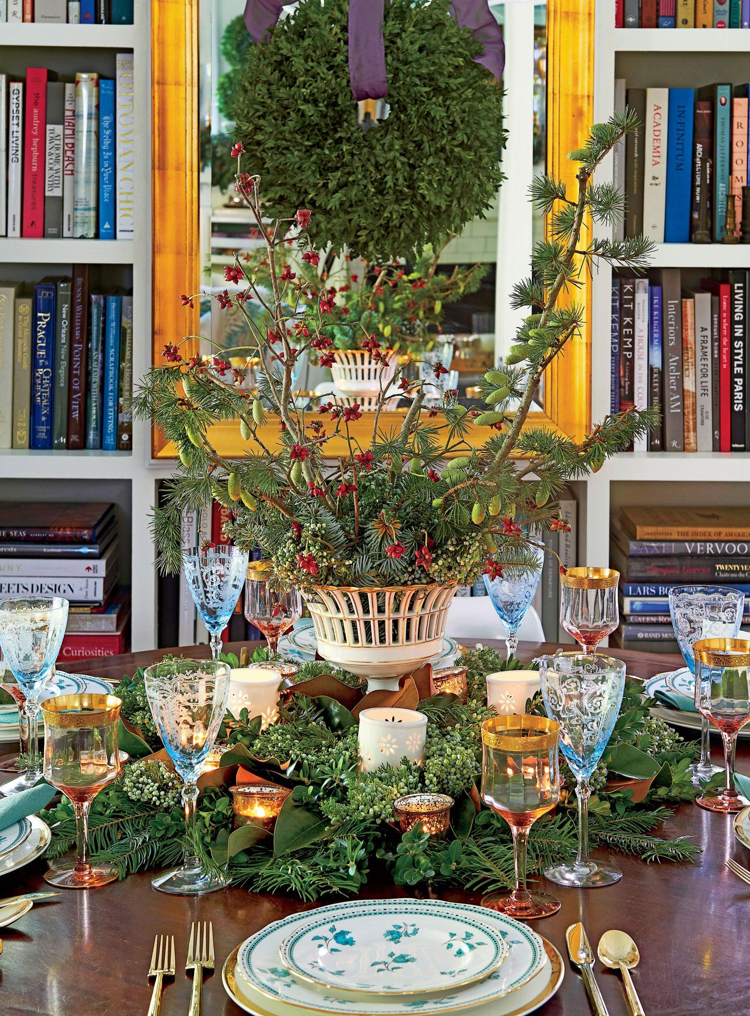 Hillenmeyer Christmas Dining Room Centerpiece