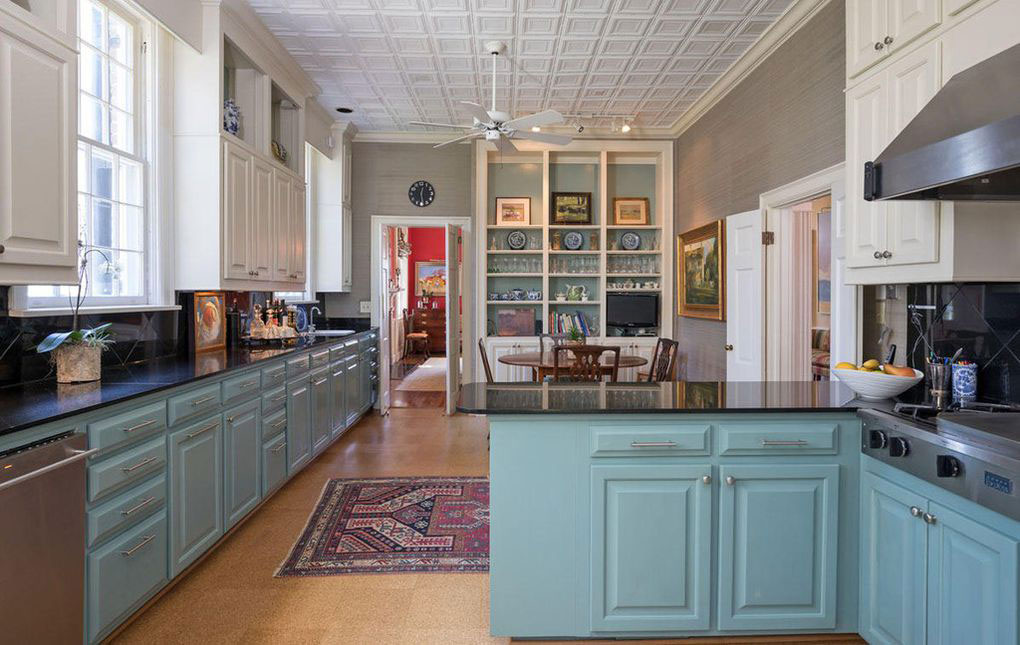 Colonial Brick Home Charleston Kitchen