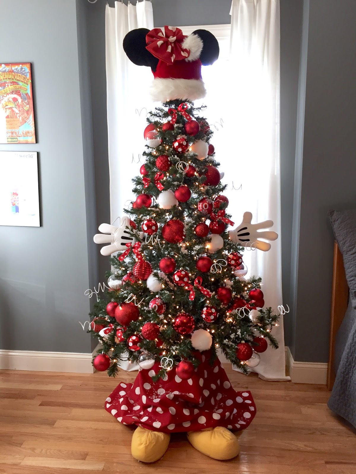 Disney Minnie Mouse Christmas Tree