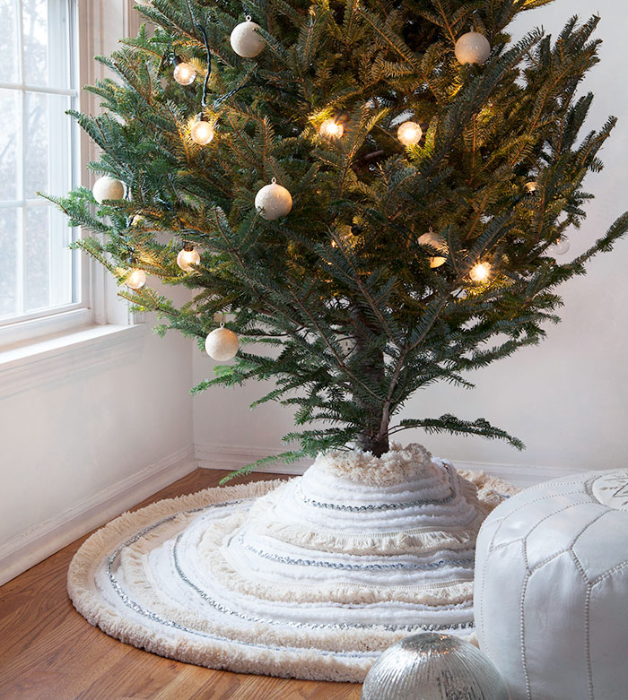 DIY Moroccan Wedding Blanket Tree Skirt