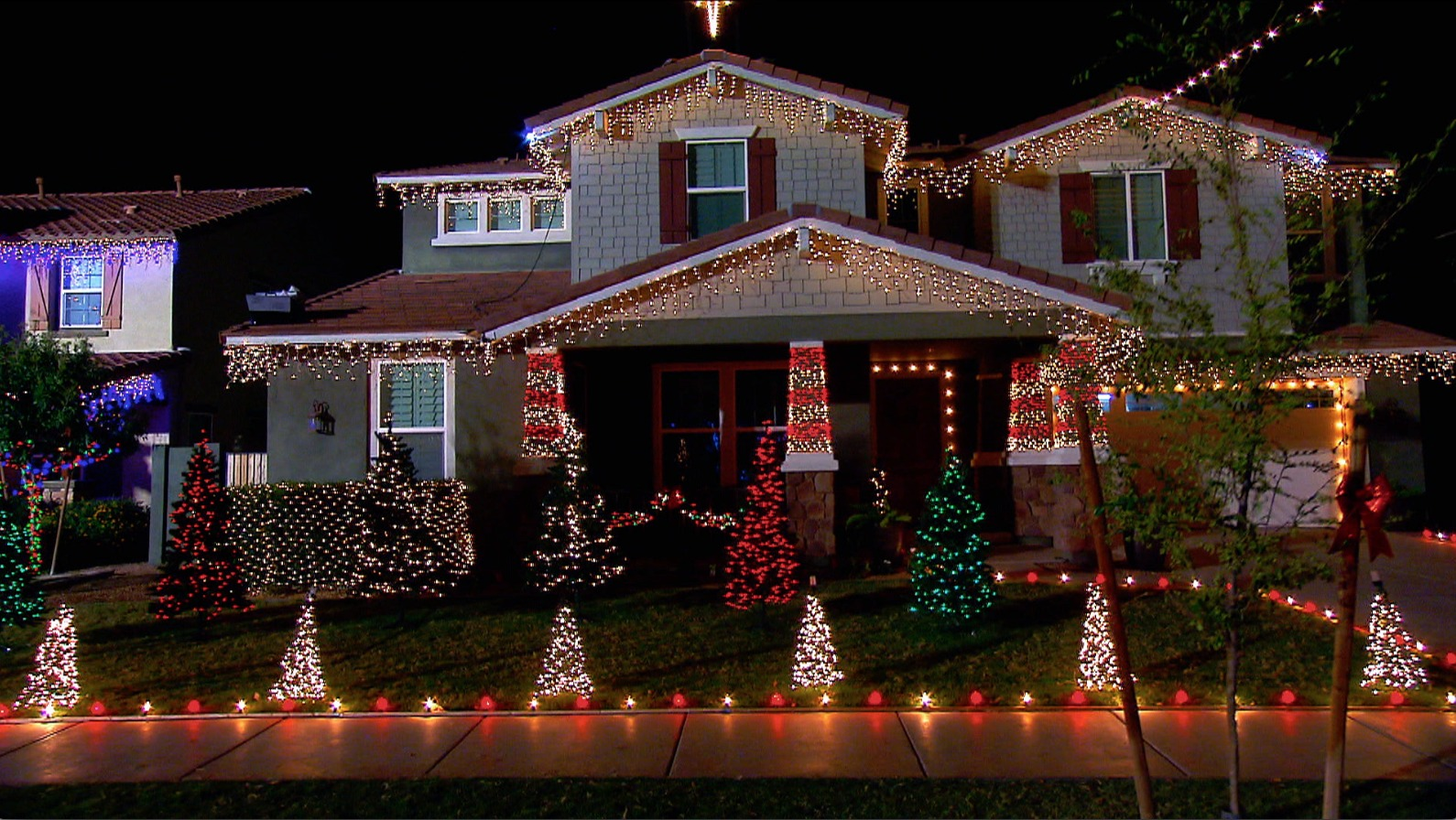 These Streets Have the Most Over-the-Top Holiday Lights in America