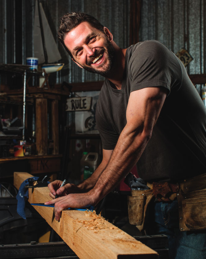 Trading Spaces' New Carpenter Opens Up about Mom's Cancer Battle and Hitting 'Rock Bottom'