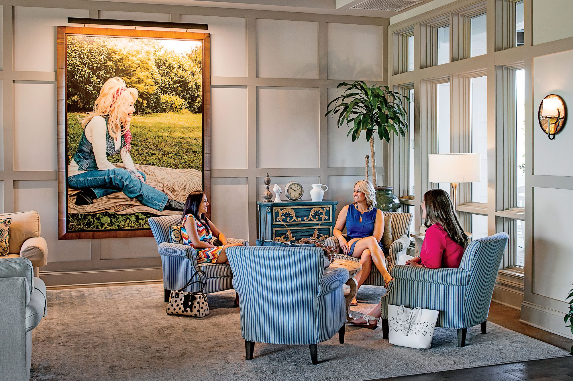 Dollywood's DreamMore Resort and Spa Lobby