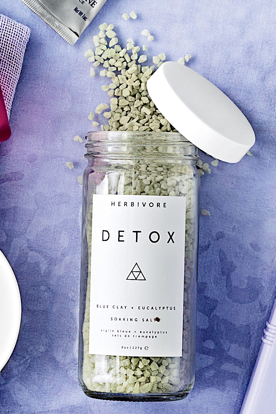 Herbivore Botanicals Detox Blue Clay + Eucalyptus Soaking Salts