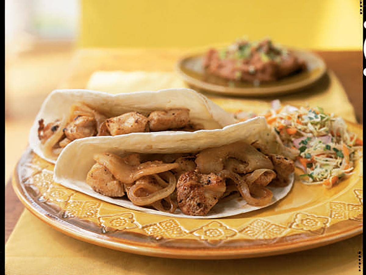 Chicken Soft Tacos with Sautéed Onions and Apples Recipes