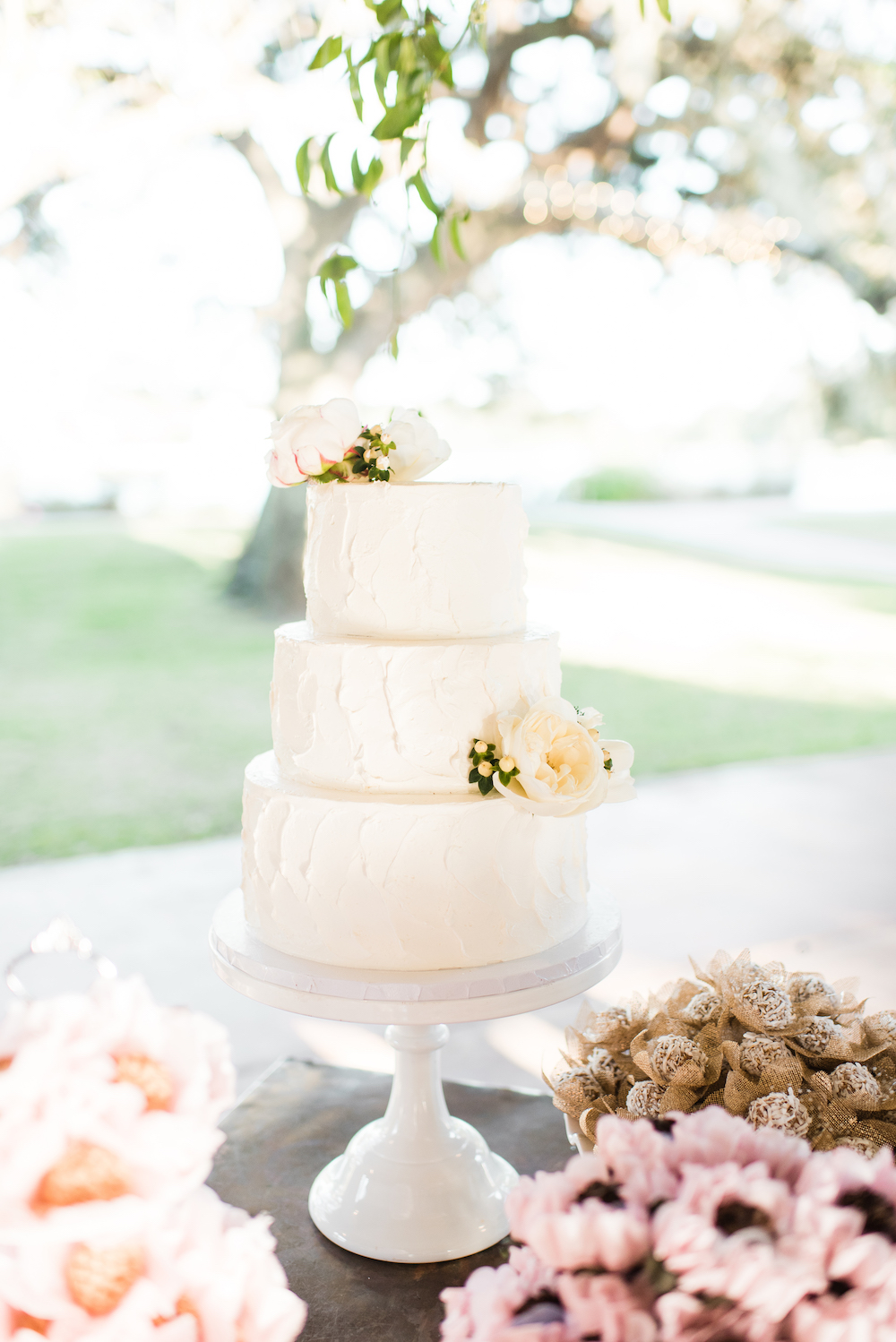 Traditional White Wedding Cake Design