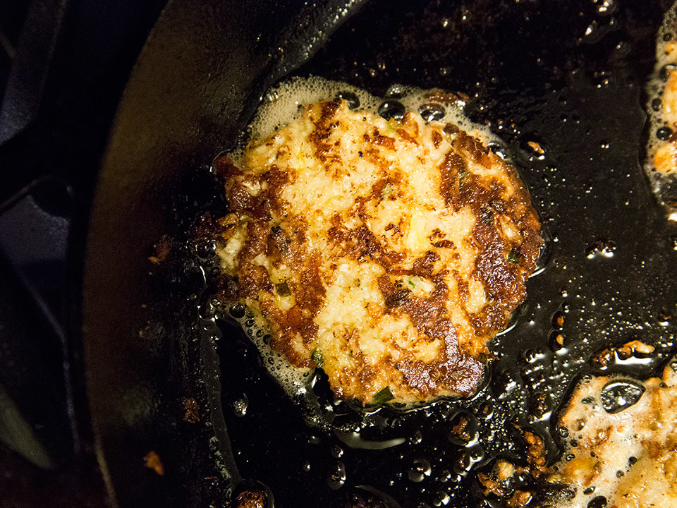 No-Potato Cauliflower Hash Browns Are Your Favorite New Breakfast Side message-editor%2F1486677754462-cauliflower-hash-browns-no-potato-1