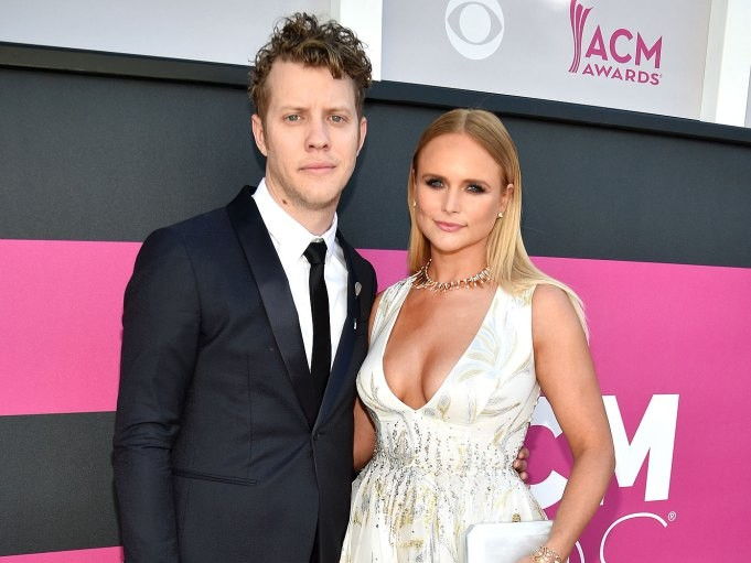 Miranda Lambert Reflects on 'Heartbreak' During Concert Amid Anderson East Split Rumors miranda-lambert1
