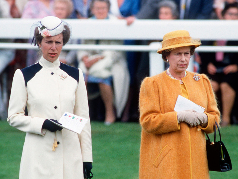 This Thrifty Royal Wore a Nearly 40-Year-Old Outfit to Church with the Queen queen-elizabeth2