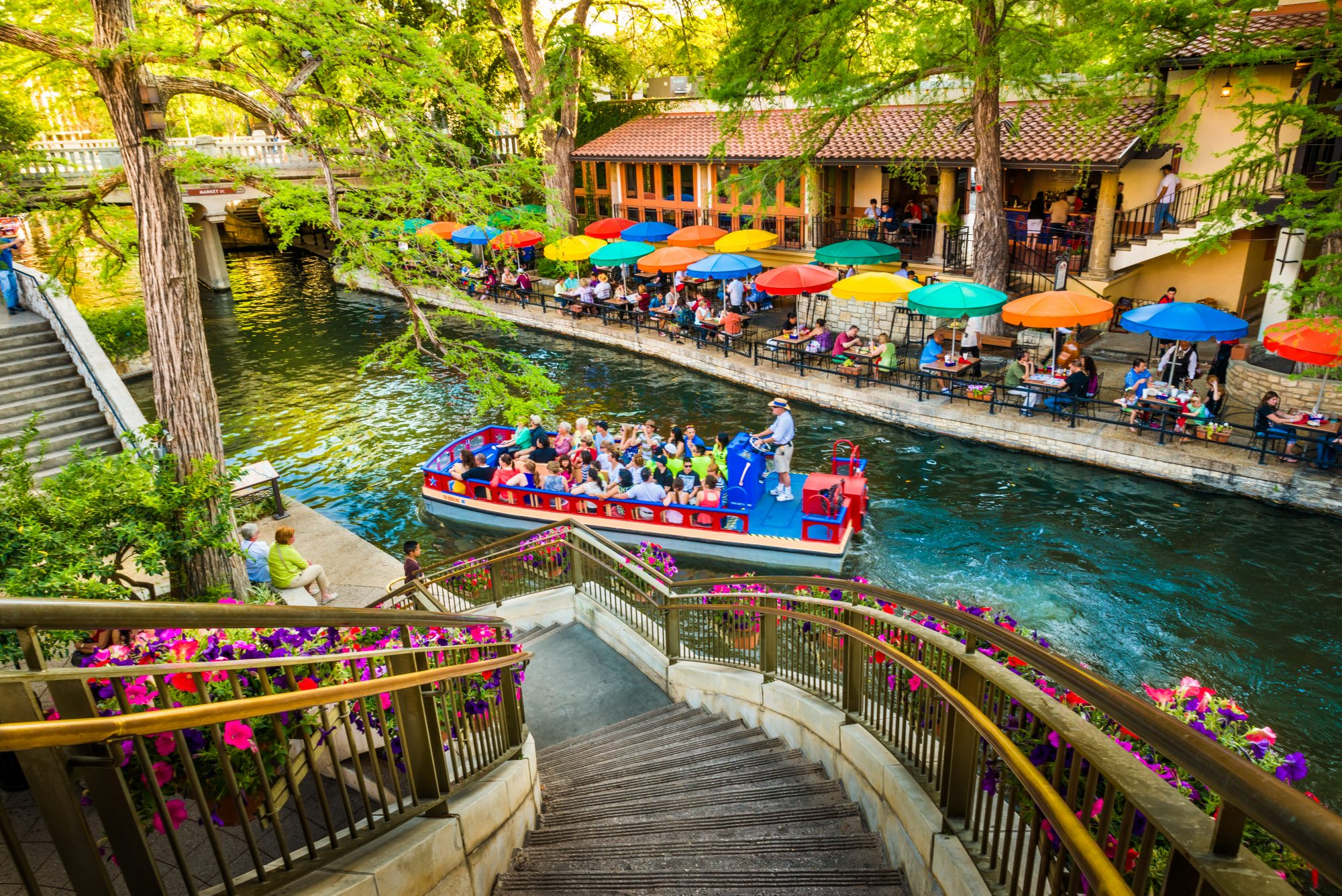 South's Most Colorful Streets River Walk, San Antonio, (TX)