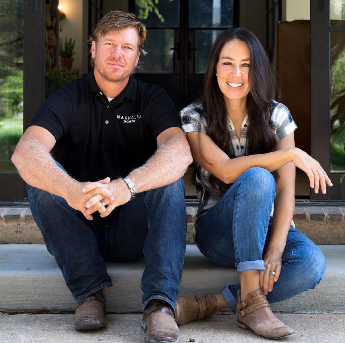 Shopping: Get the Look: Fixer Upper's Joanna Gaines' Signature Style Staples