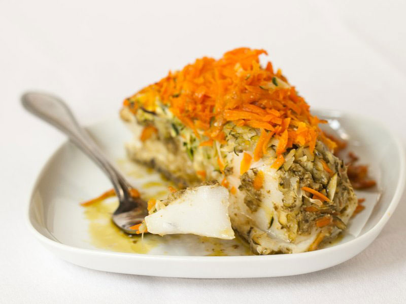 Sea Bass Baked in Foil with Pesto, Zucchini, and Carrots