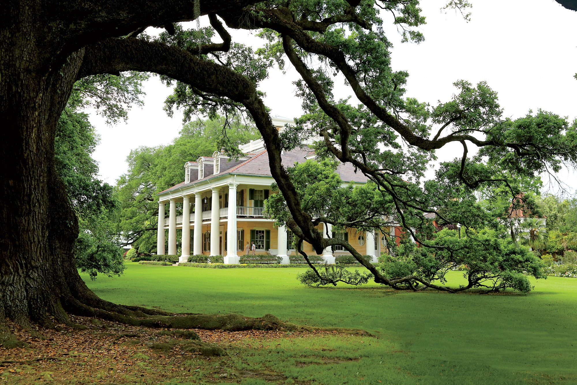 The Inn at Houmas House Plantation and Gardens
