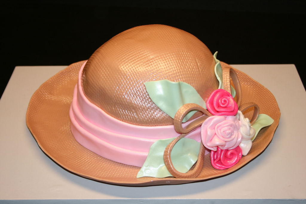 Straw Derby Hat Cake