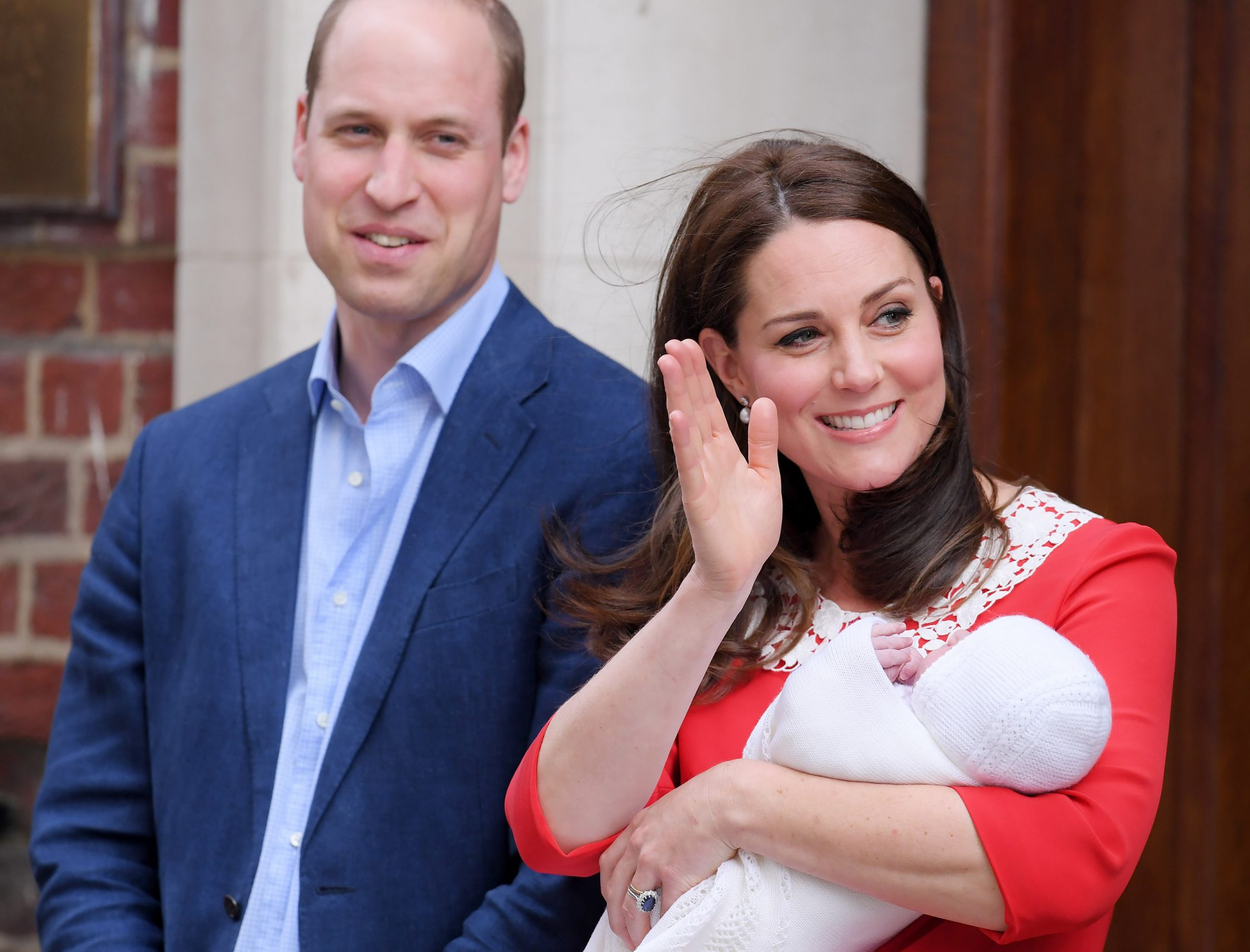 Kate Middleton Steps Out with New Royal Baby Just 7 Hours After Giving Birth: See the Photos! catherine-2