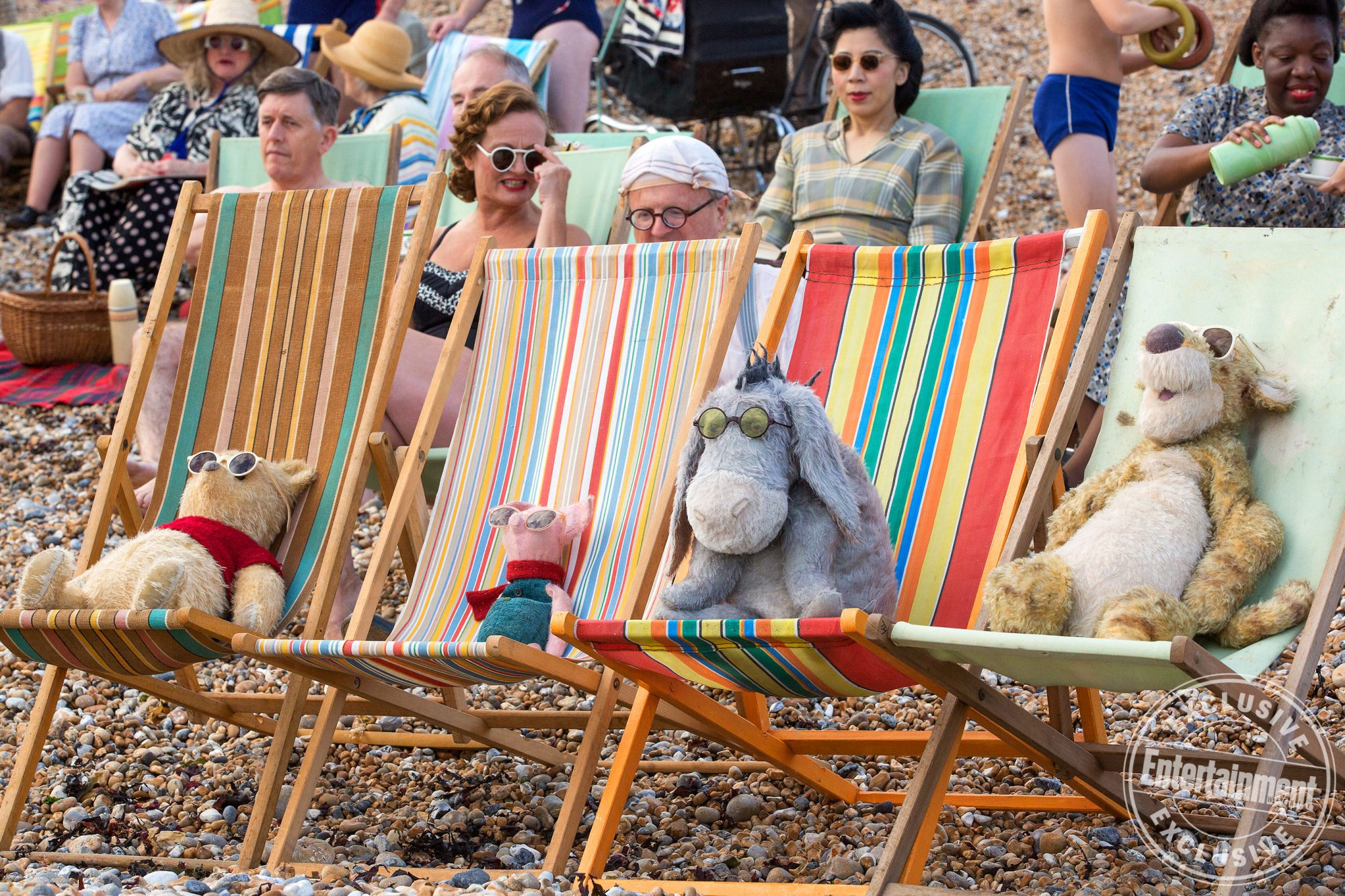 See Winnie the Pooh and friends in exclusive new Christopher Robin images christopher-robin_23723974302439032