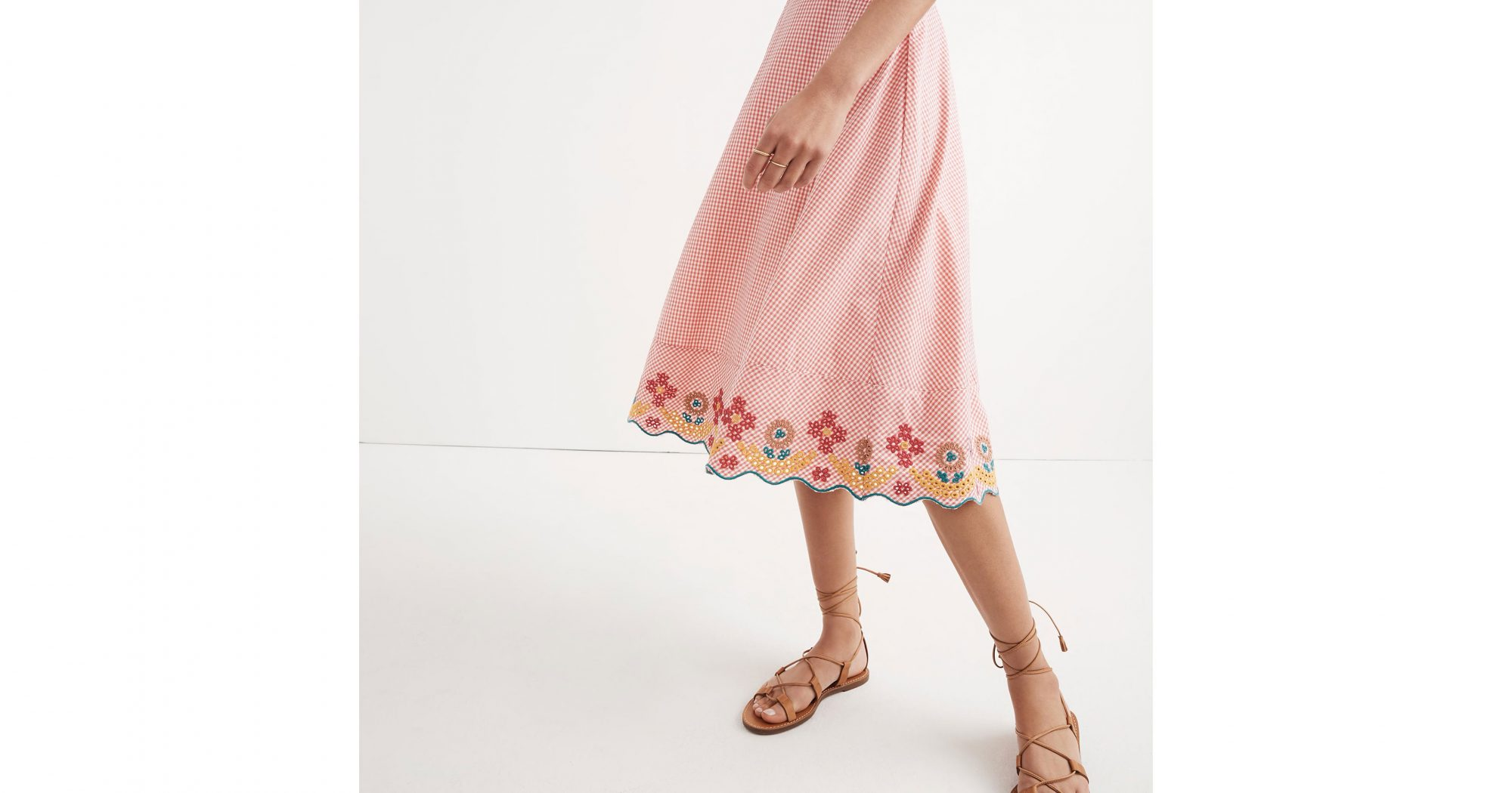 embroidered-circle-skirt