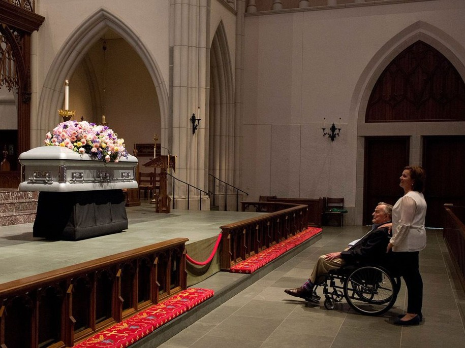George H.W. Bush Stays By Wife Barbara's Side, Sitting By Her Casket & Greeting Mourners george-h-w-bush-barbara-2