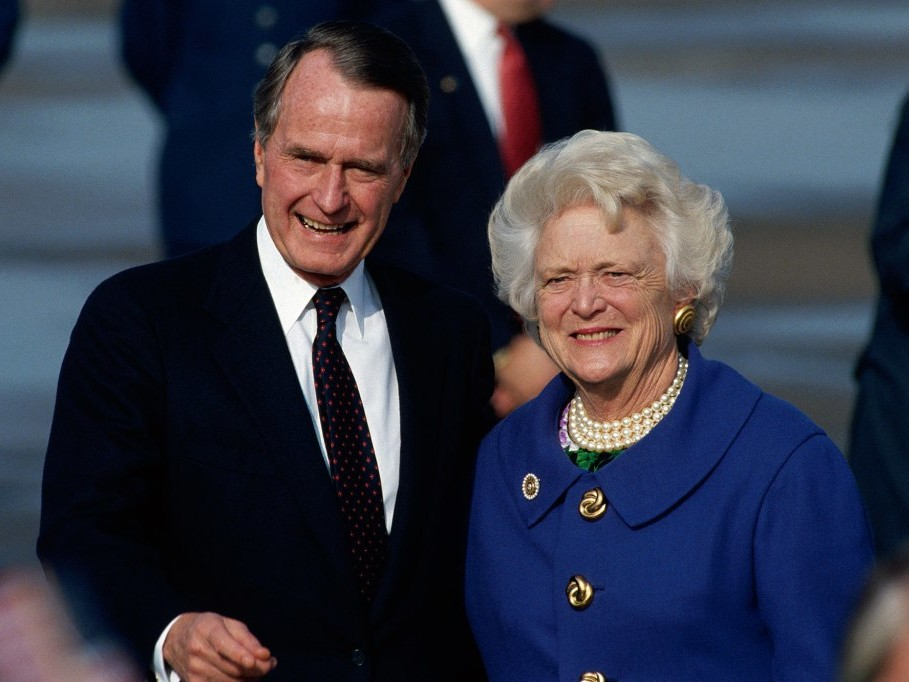 George H.W. Bush's Hospitalization After Barbara's Funeral Could Be Due to Broken Heart Syndrome george-h-w-bush-barbara