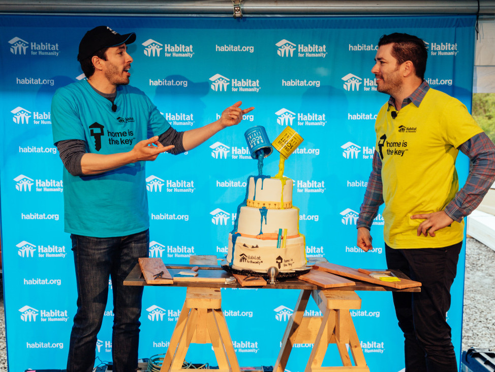 Nashville Homeowners on What It's Really Like to Work with Drew and Jonathan Scott scott-brothers-cake-surprise-5