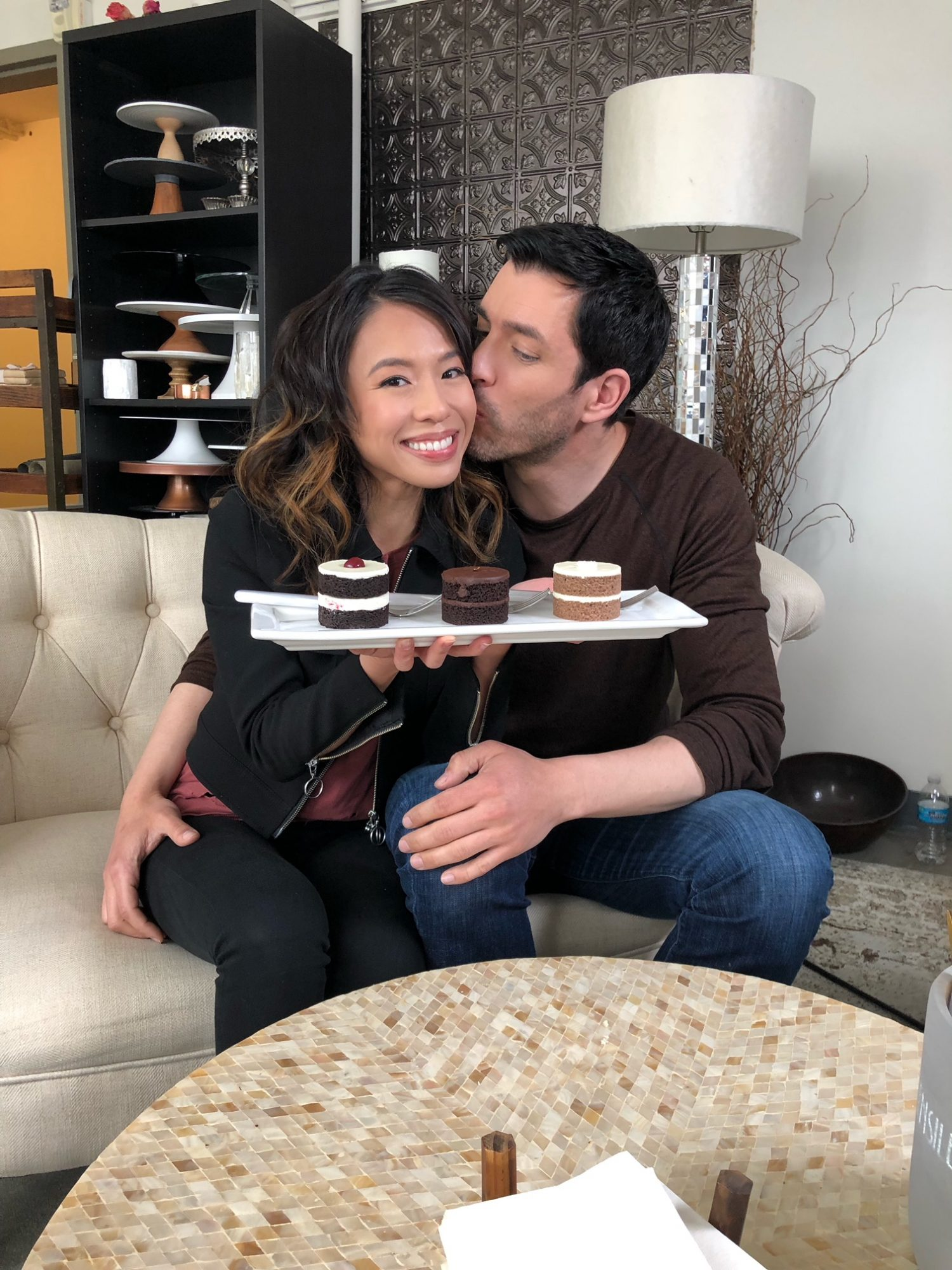 Drew Scott and Linda Phan Are Skipping This Common Wedding Tradition for a Very Good Reason wedding-cake-planning