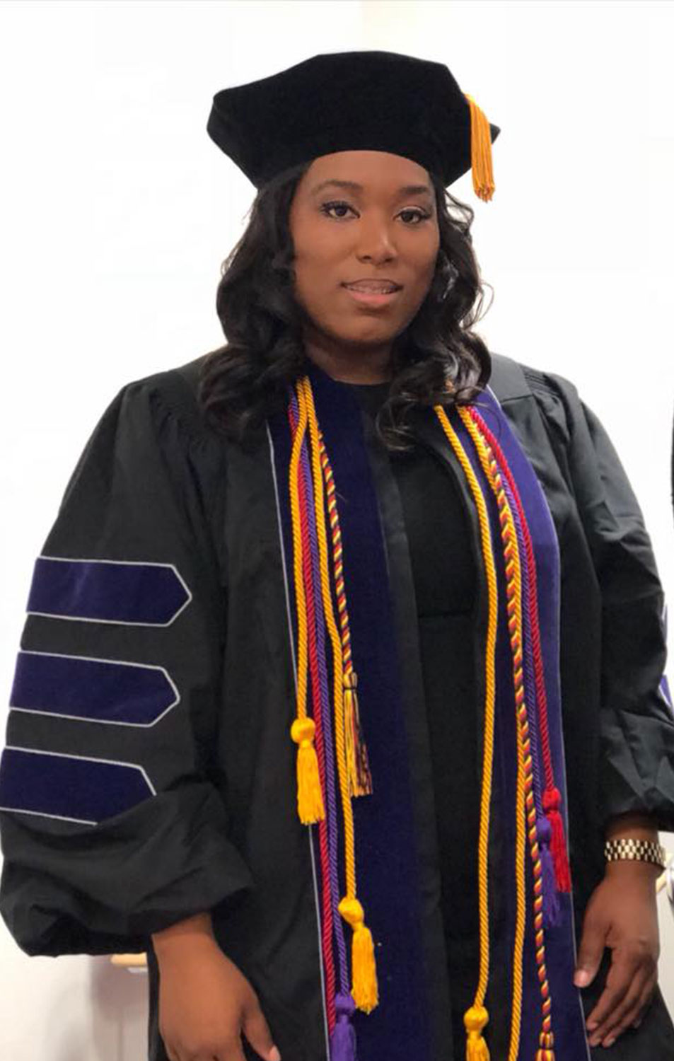 Mom of Five, Once a High School Dropout, Graduates from Law School with Help from Her Kids ieshia-champs-1