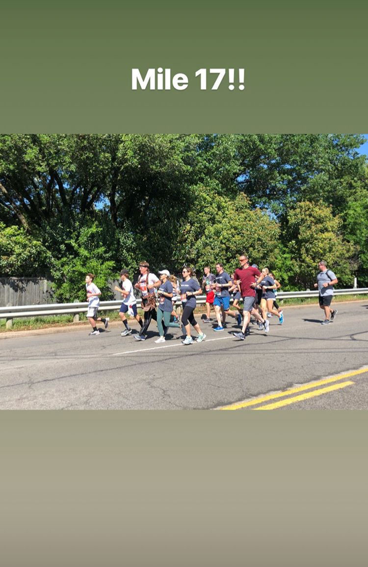 Joanna Gaines Cheers on Husband Chip as He Runs His First Marathon — with His Tool Belt in Tow! joanna-gaines-b