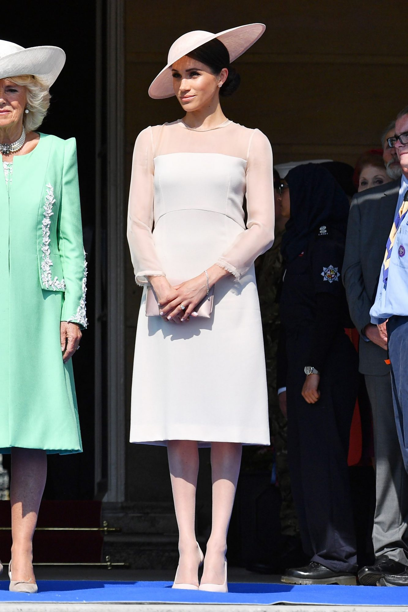 Meghan Markle Is Following the Royal Pantyhose Protocol for the First Time! meghan-9
